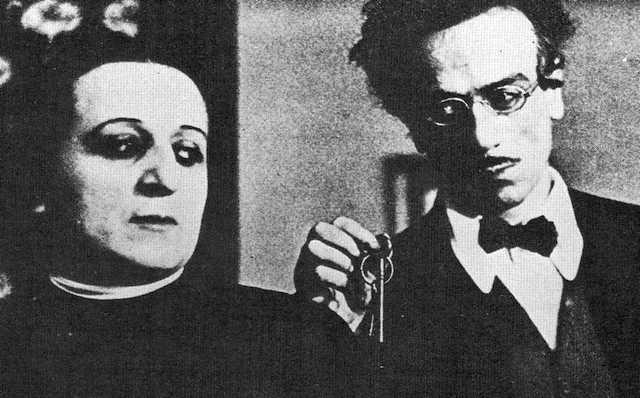 Titina ed Eduardo. Il berretto a sonagli, 1936