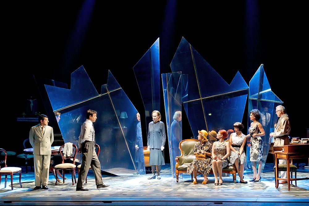 Così è (se vi pare) - 2012 - Regia di Michele Placido - Con Giuliana Lojodice e Pino Micol