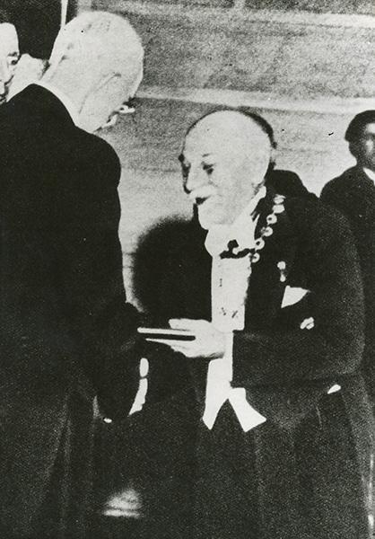 Premio Nobel a Luigi Pirandello il 10 dicembre 1934 - Con il Re di Svezia